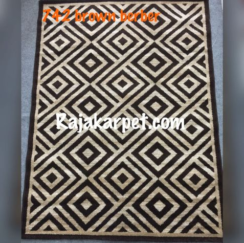 Karpet Permadani TWIST 10 742_brown_berber
